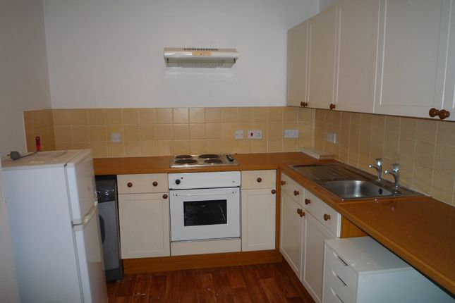 1 bed flat to rent in Royal Court Apartments, London Road, Portsmouth