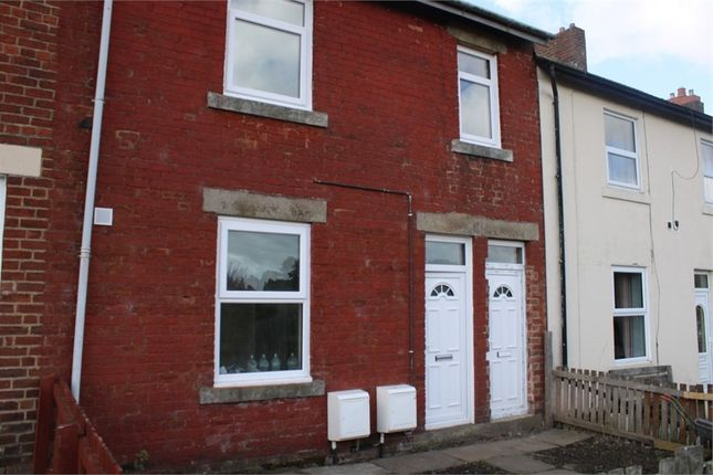 2 bed flat to rent in Hawthorn Street, Newcastle Upon Tyne, Tyne And Wear NE15