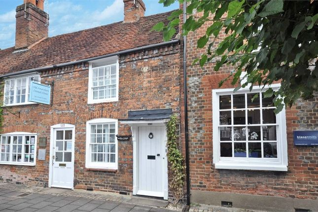 Thumbnail Cottage to rent in 121 High Street, Amersham, Buckinghamshire