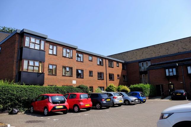 Thumbnail Flat to rent in Lincoln Gate, Lincoln Road, Peterborough