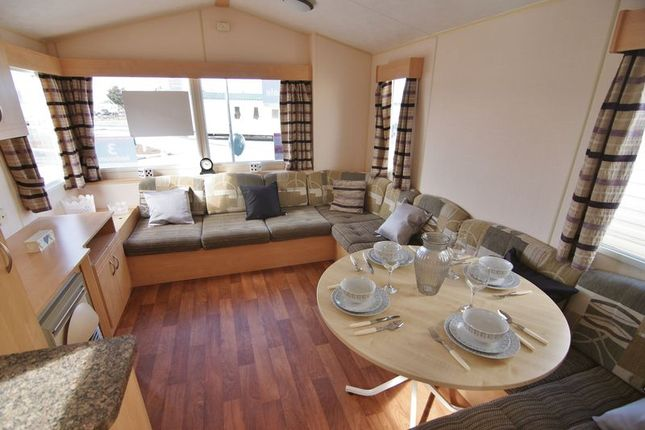 Lounge Diner of Ty Mawr, Towyn LL22