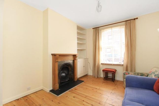 Thumbnail Property to rent in Dunelm Street, London