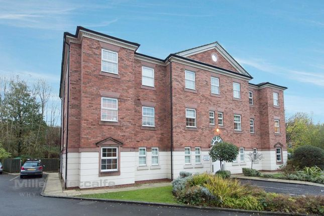 2 bed flat to rent in Manthorpe Avenue, Worsley, Manchester