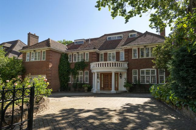 Thumbnail Detached house for sale in Compton Avenue, London