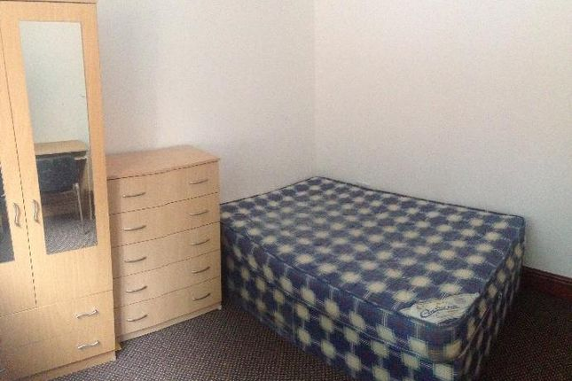 Thumbnail Terraced house to rent in Dawlish Road, Selly Oak