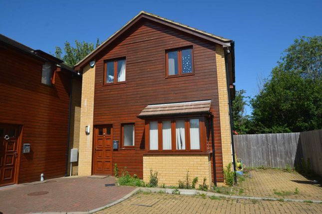 Thumbnail Detached house to rent in Witham Court, Bletchley, Milton Keynes