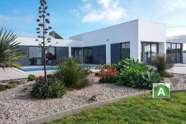 Thumbnail Detached house for sale in Alcobaça, Silver Coast, Portugal