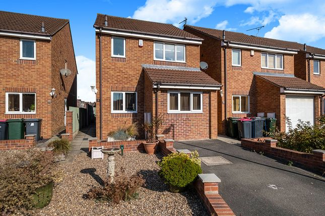 3 bed detached house for sale in Kieran Close, Dinnington, Sheffield, South Yorkshire S25