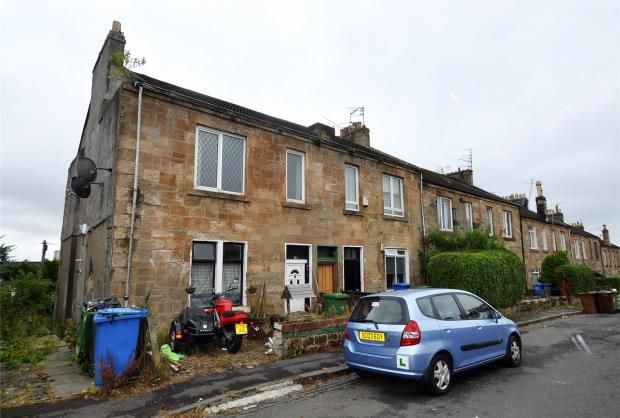 Thumbnail Flat for sale in 1/2, Young Terrace, Glasgow, Lanarkshire