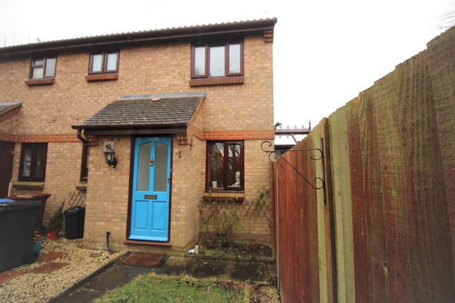 Thumbnail End terrace house to rent in Duncan Close, Welwyn Garden City