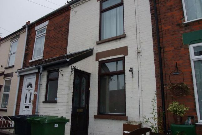 Thumbnail Terraced house to rent in Stanley Road, Great Yarmouth