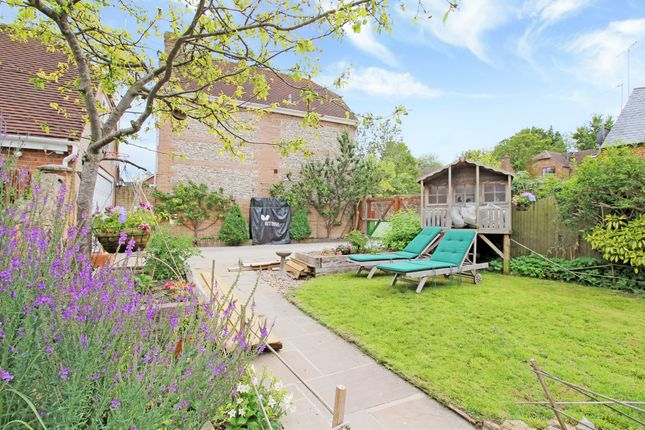 Thumbnail Cottage for sale in High Street, Lambourn, Hungerford