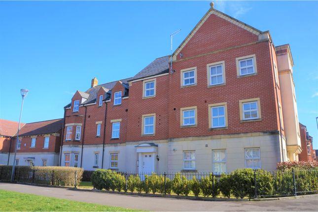 Thumbnail Flat for sale in Pioneer Road, Swindon