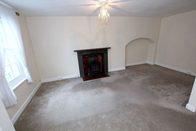 Photo 11 of Fore Street, Lostwithiel PL22