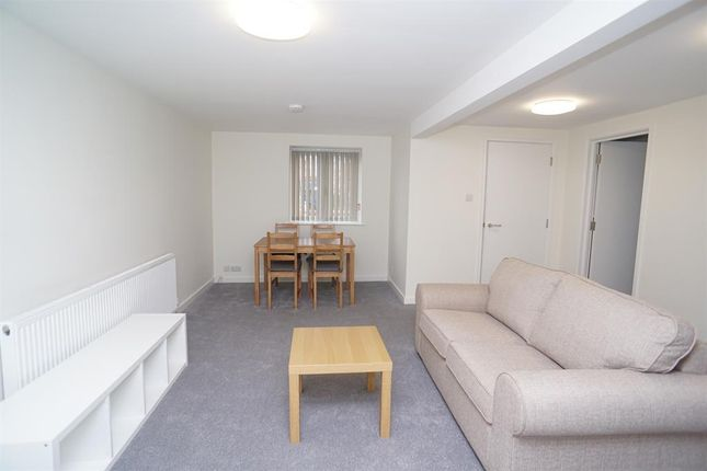 2 bed flat to rent in Montgomery Terrace Road, Sheffield S6