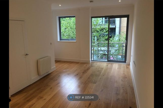 Thumbnail Flat to rent in Canius House, London