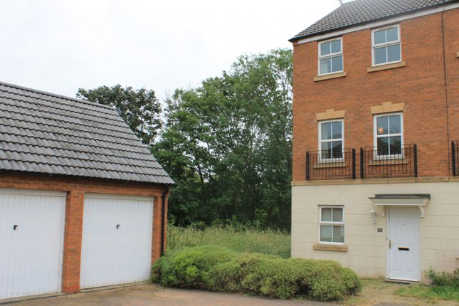 Thumbnail Town house for sale in Fount Court, Market Harborough