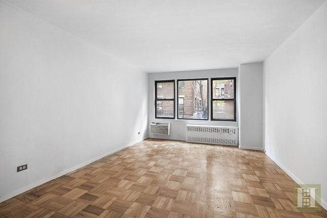 1 bed apartment for sale in 333 East 34th Street, New York, New York, United States Of America