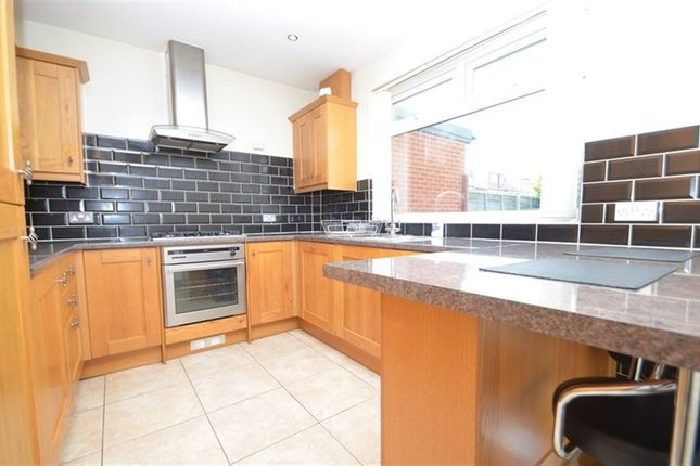 3 bed property to rent in Seaton Gardens, Ruislip Manor