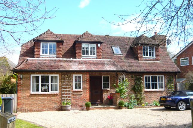 Thumbnail Detached house to rent in Horsham Road, Cranleigh