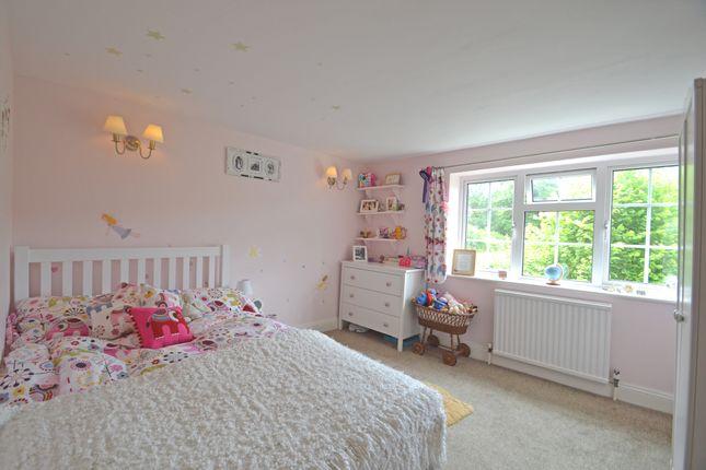 Bed 3 of Lyons Road, Slinfold, Horsham RH13