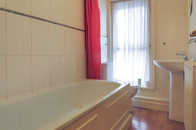 Bathroom of Glebe Road, Norwich NR2