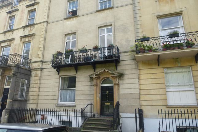 Thumbnail Flat to rent in Garden Flat, 2 Gloucester Row, Clifton