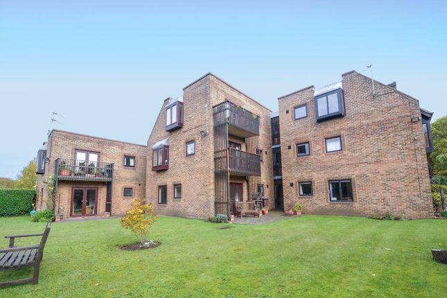 Thumbnail Flat to rent in Emden House, Headington