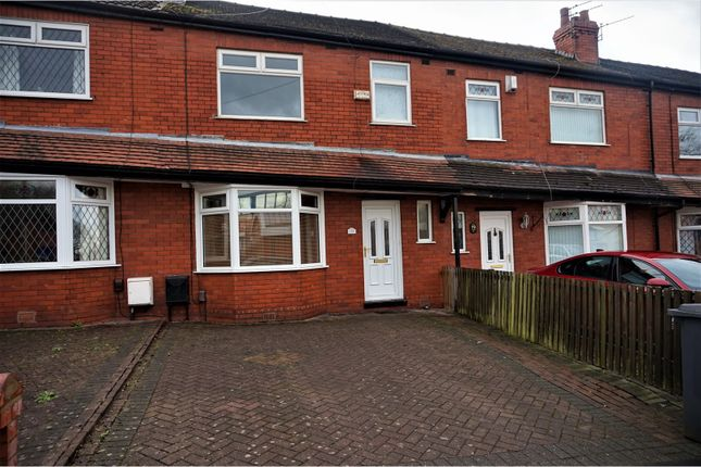 Thumbnail Semi-detached house to rent in Clarendon Road, Hyde