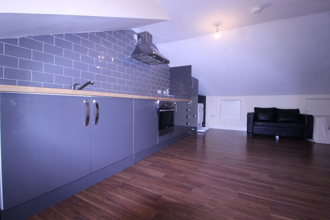 Thumbnail Flat to rent in Urswick Road, Hackney, London