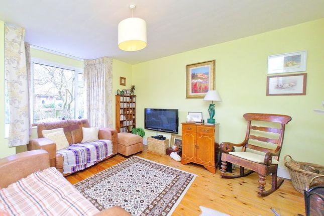 Sitting Room of Tregarth Road, Chichester PO19