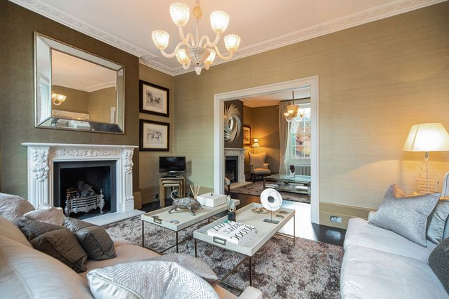 Thumbnail Town house to rent in Holland Park Avenue, London