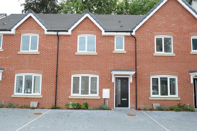 Thumbnail Town house for sale in Glazebrook Meadows, Glazebrook, Warrington