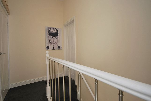 Picture No. 28 of Bank Street, Mirfield, West Yorkshire WF14