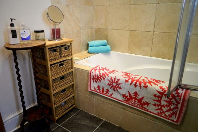 Bathroom1 of Lisvane Street, Cathays, Cardiff CF24