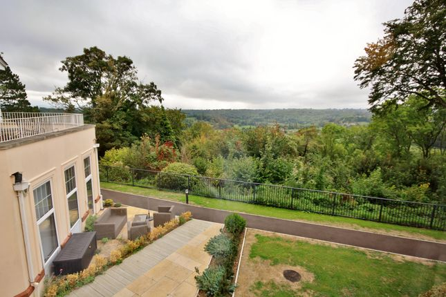 Property Image of 10 Alexander Hall, Avonpark, Bath, Avon BA2