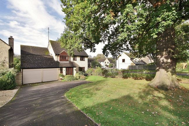 Thumbnail Detached house for sale in Cogges Hill Road, Witney
