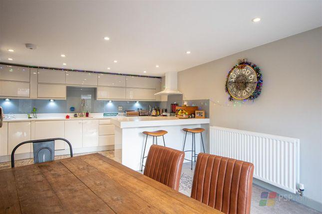 4 bed terraced house for sale in Bowden Way, Haywards Heath RH16
