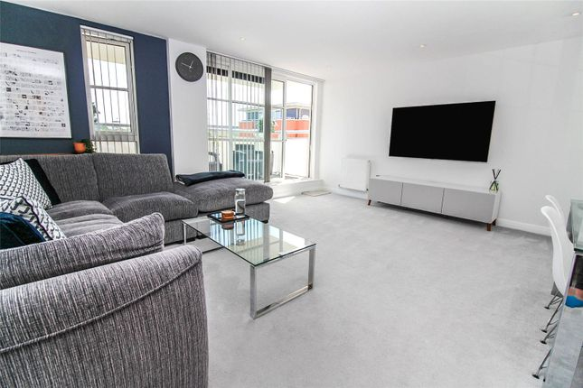 Thumbnail Flat for sale in Watkin Road, Freemans Meadow, West End, Leicestershire