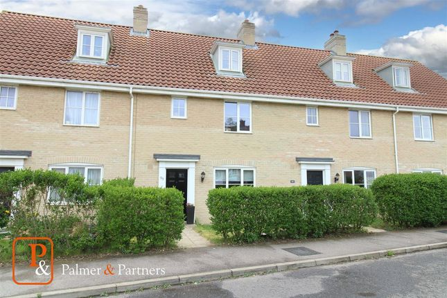 3 bed town house for sale in Warren Avenue, Saxmundham IP17