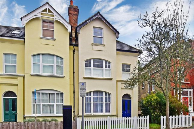 Thumbnail Flat for sale in St. James Road, Sutton, Surrey