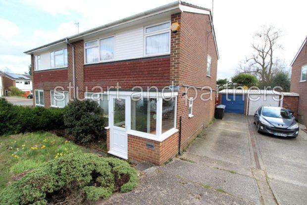 Thumbnail Semi-detached house to rent in Barnmead, Haywards Heath