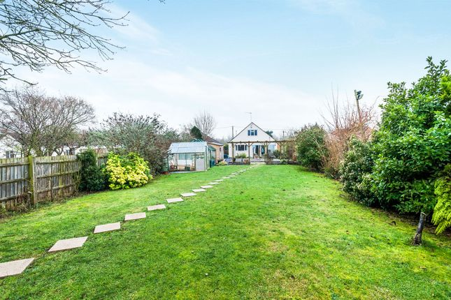 Thumbnail Bungalow for sale in Honeybottom Lane, Dry Sandford, Abingdon
