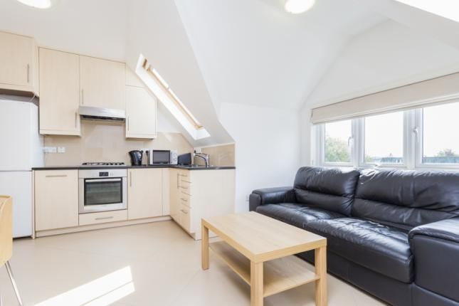 Thumbnail Flat to rent in Very Near Off Madeley Road Area, Ealing Broadway