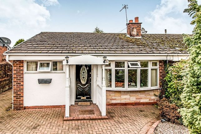 Thumbnail Bungalow to rent in Fieldhead Avenue, Astley, Tyldesley, Manchester