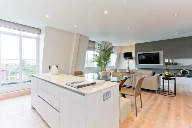 Thumbnail Flat to rent in Oakwood Court, Kensington, London