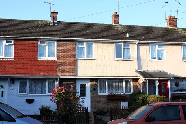Thumbnail Terraced house to rent in Tippings Lane, Woodley, Reading, Berkshire