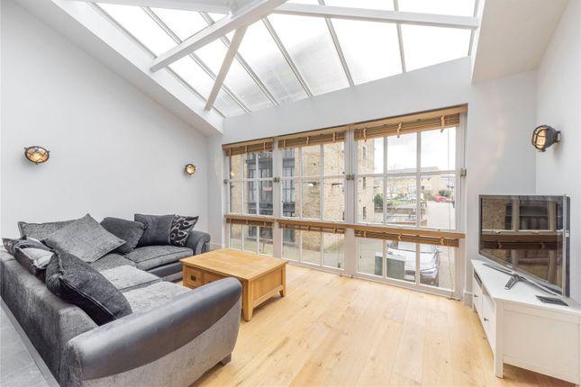 Picture No. 14 of Plate House, 3 Burrells Wharf Square, London E14
