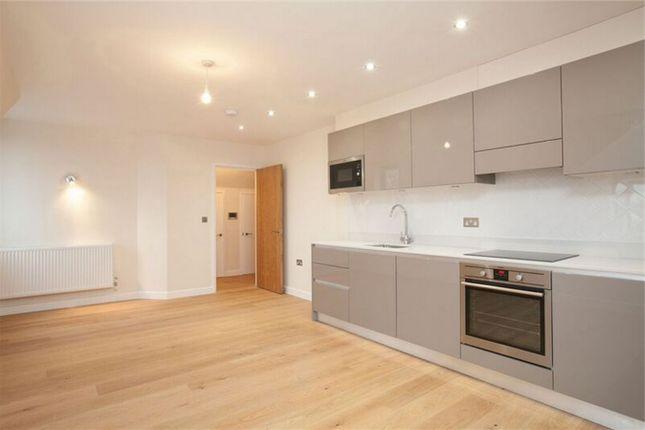 Thumbnail Flat for sale in Parkhurst Road, London