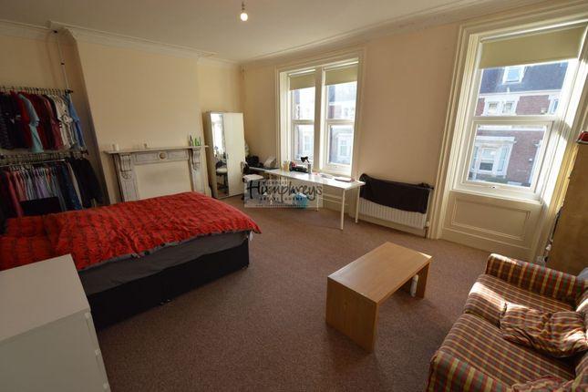 Thumbnail Property to rent in Brighton Grove, Fenham, Newcastle